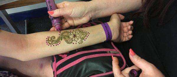 Henna Tattoo Artist - Children\'s Party Entertainers - Gloucester ...