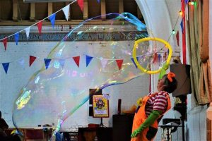 Bubblz performing her balloon and bubble show.